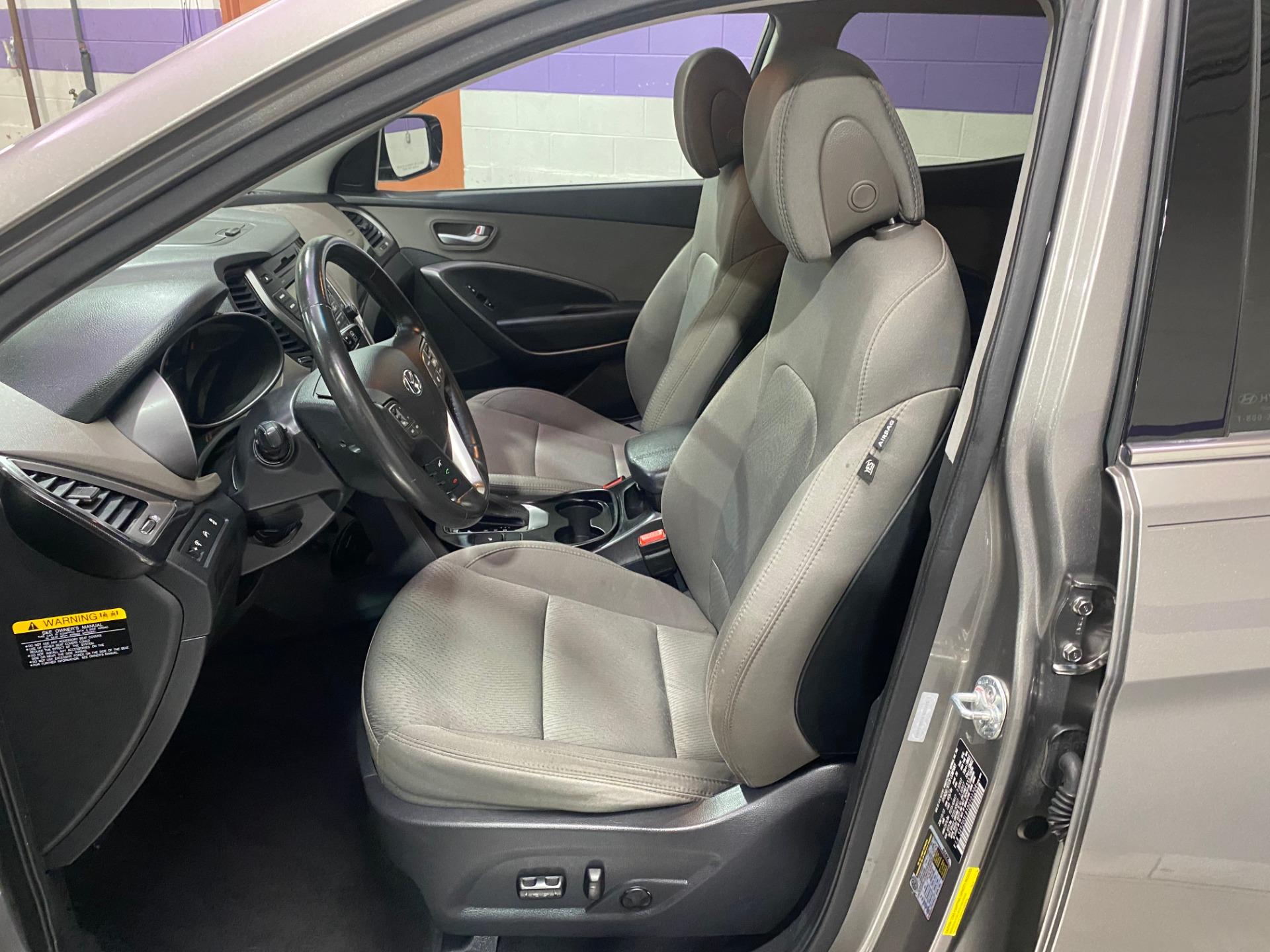 Used-2013-Hyundai-Santa-Fe-Sport-24L-FWD