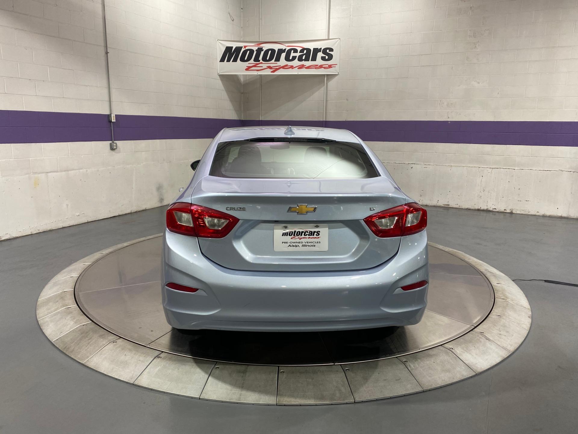 Used-2017-Chevrolet-Cruze-LT-FWD