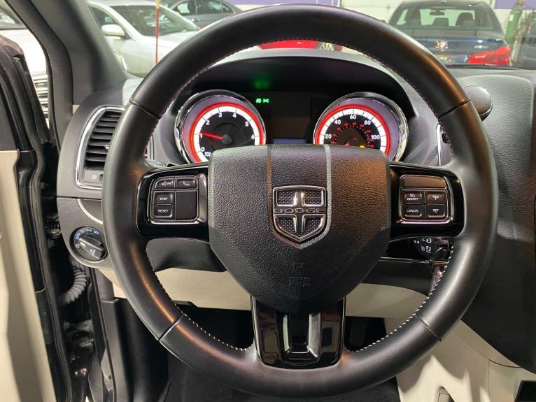 Used-2019-Dodge-Grand-Caravan-SXT-FWD