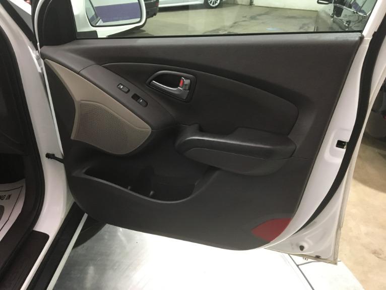 Used-2014-Hyundai-Tucson-Limited