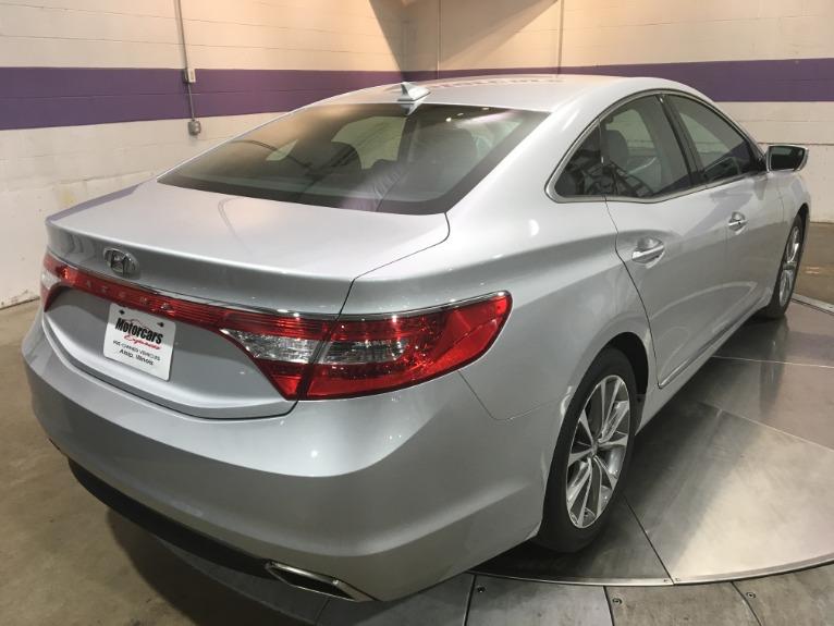 Used-2017-Hyundai-Azera