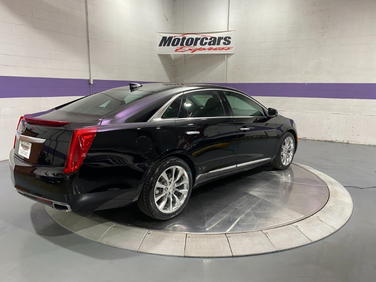 Used-2015-Cadillac-XTS-Luxury-AWD