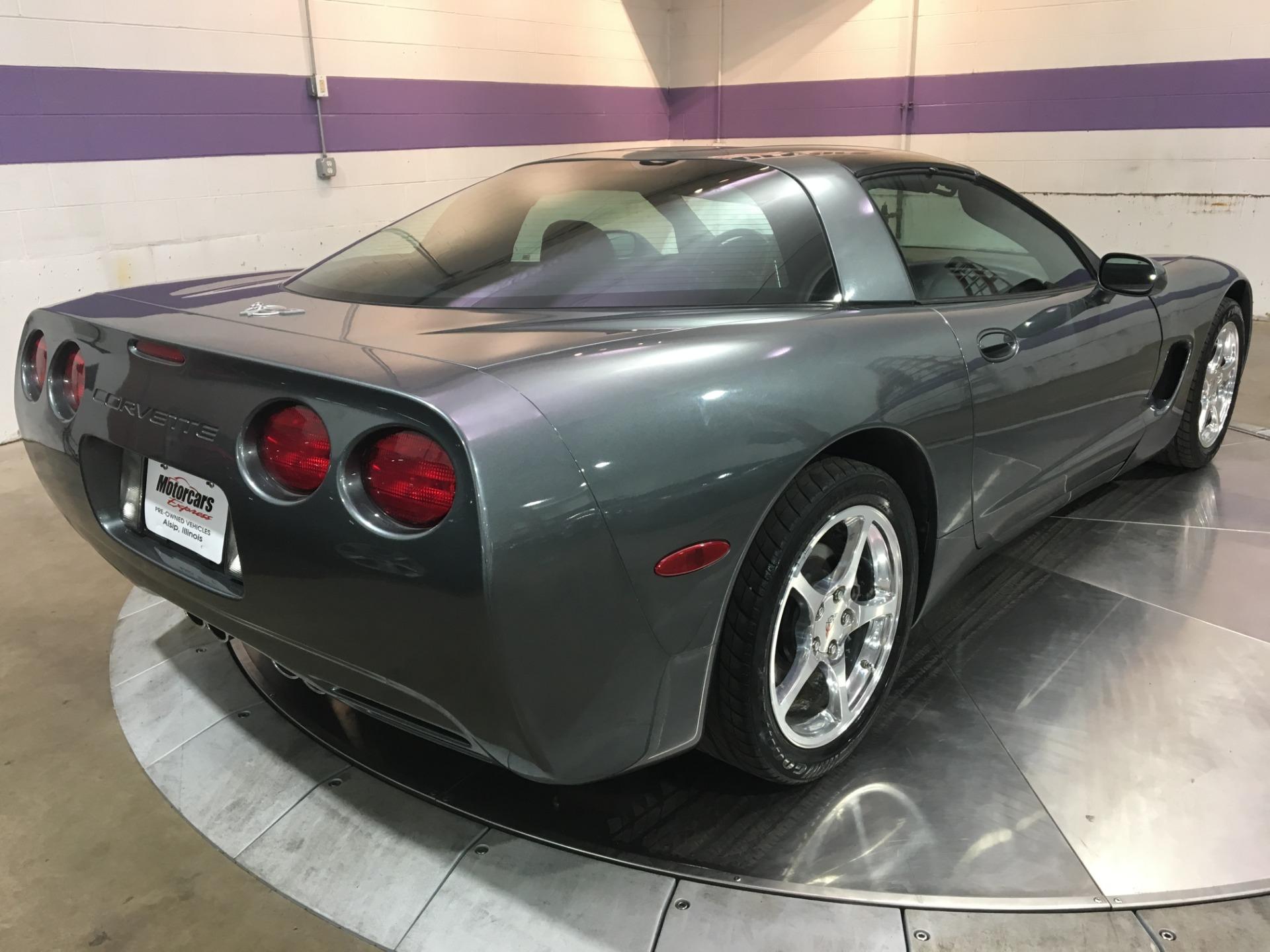 Used-2003-Chevrolet-Corvette-50th-Anniversary-Manual