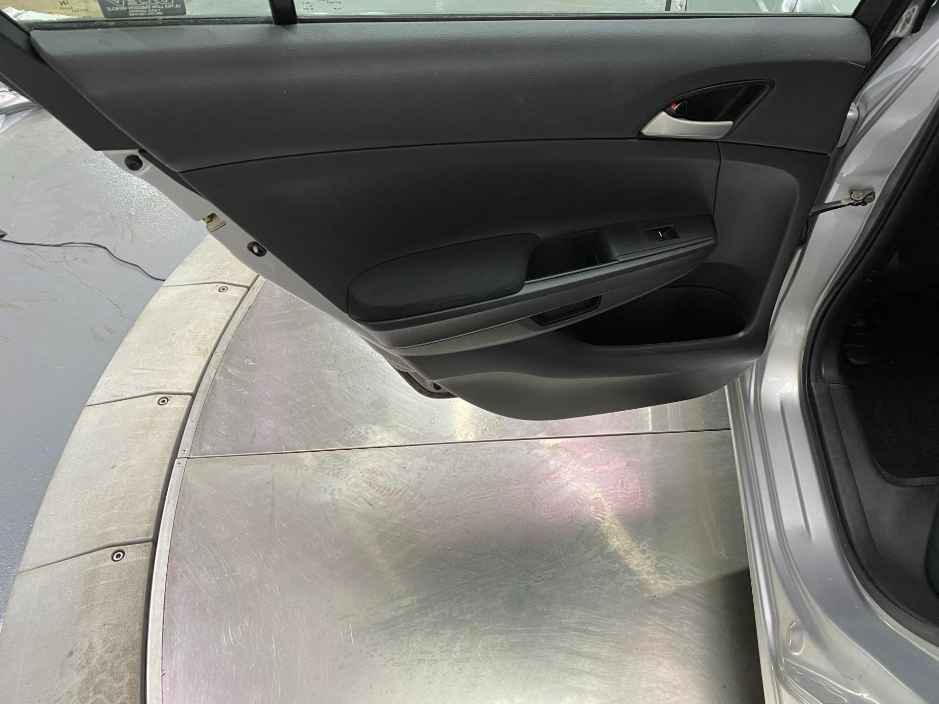 Used-2009-Honda-Accord-LX-P