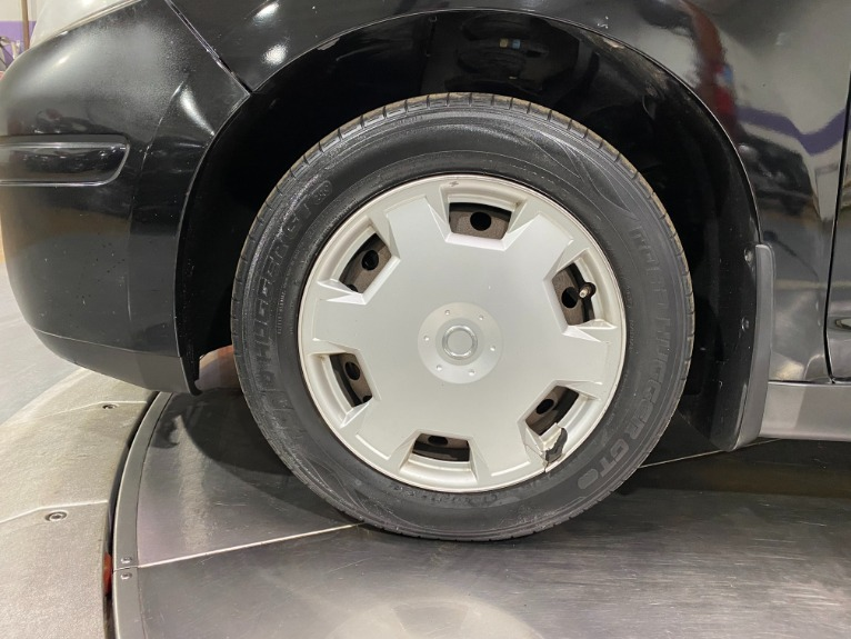 Used-2007-Nissan-Versa-18-S