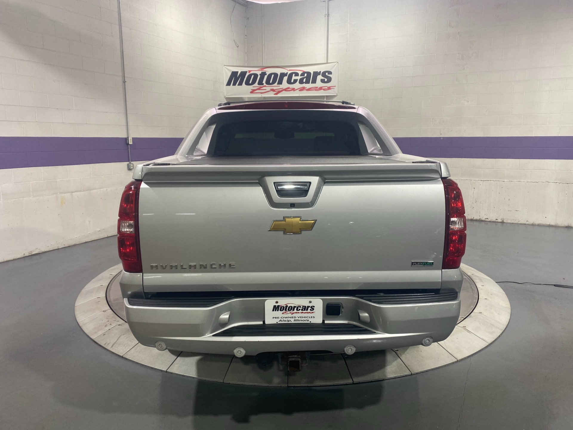 Used-2011-Chevrolet-Avalanche-LT-4X4
