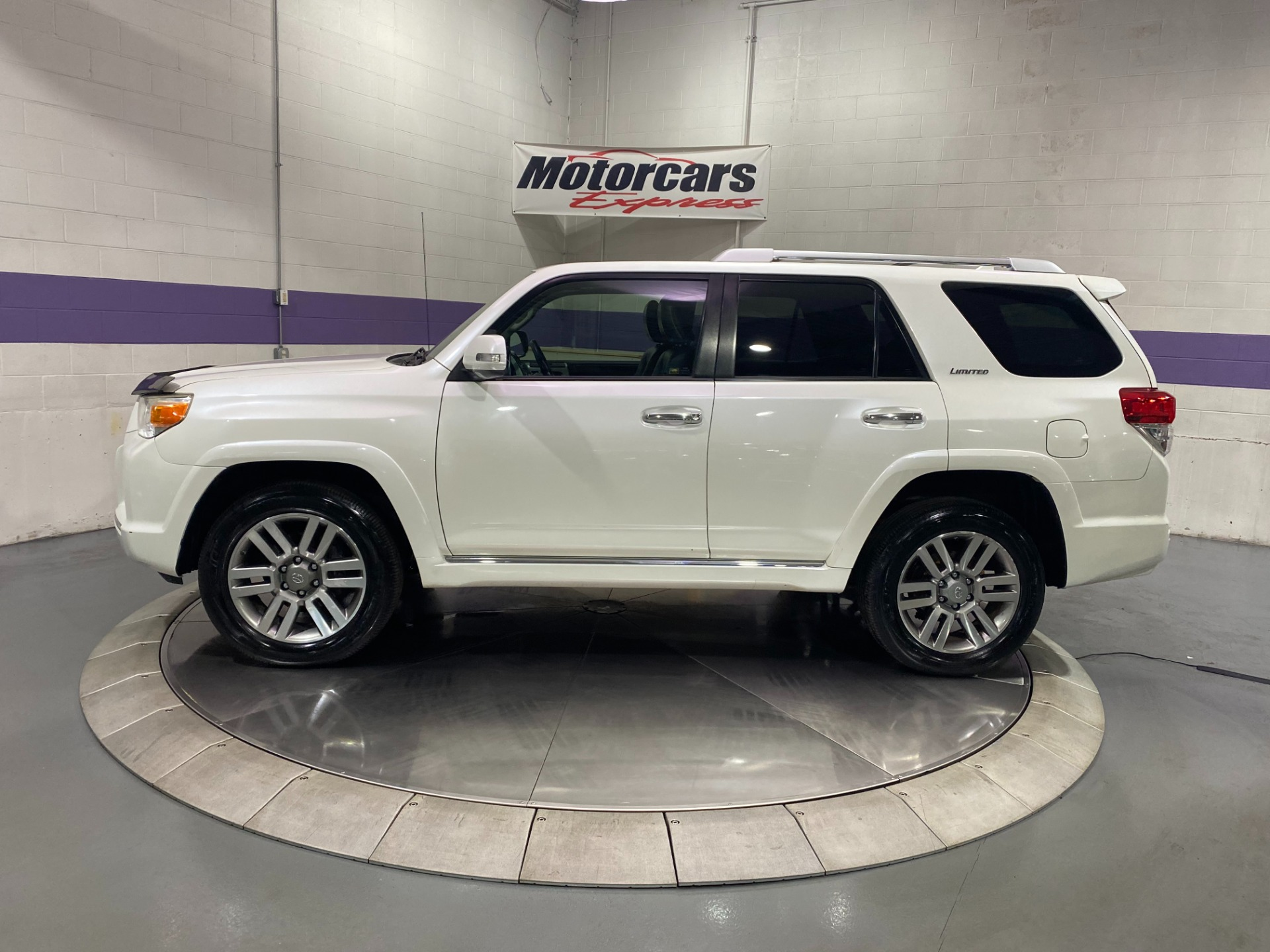 Used-2010-Toyota-4Runner-Limited-AWD