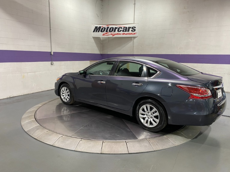 Used-2013-Nissan-Altima-25-S-FWD