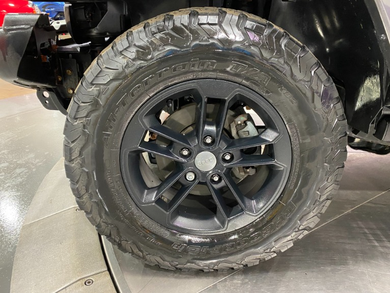Used-2017-Jeep-Wrangler-Unlimited-Winter-Edition-4X4