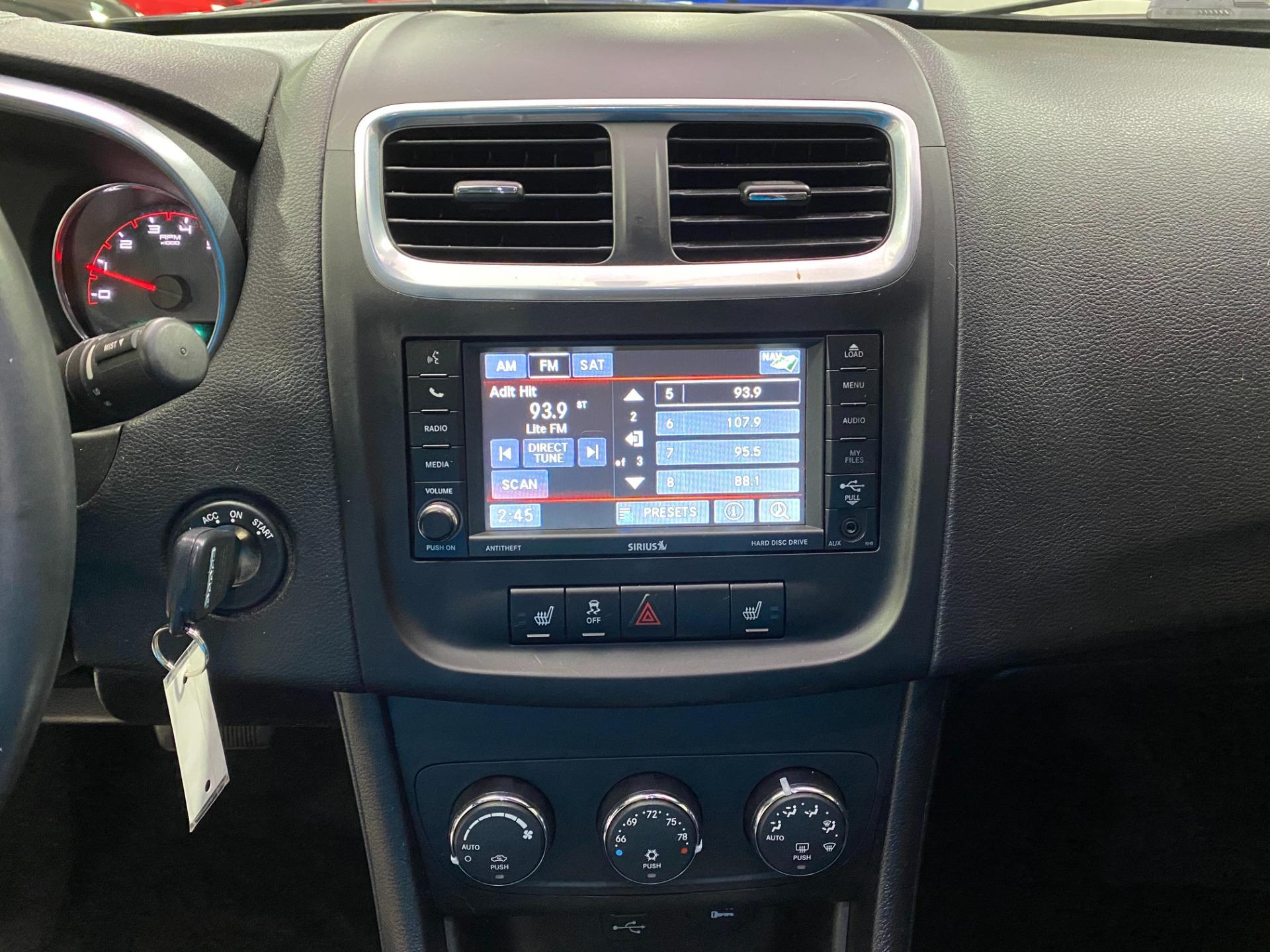 Used-2014-Dodge-Avenger-SXT-FWD