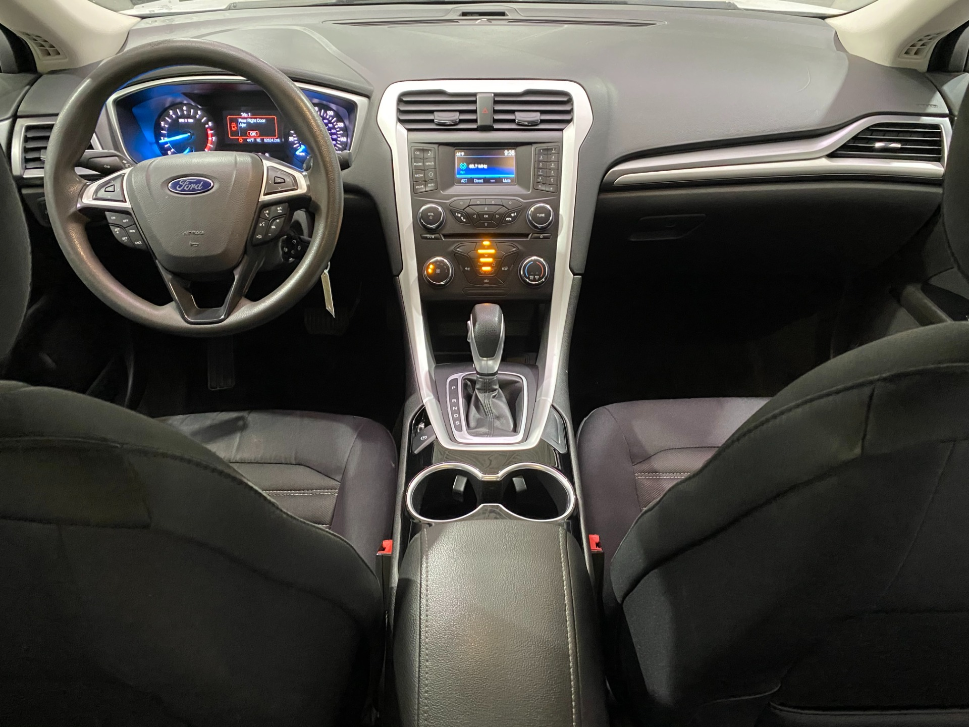 Used-2015-Ford-Fusion-SE-FWD