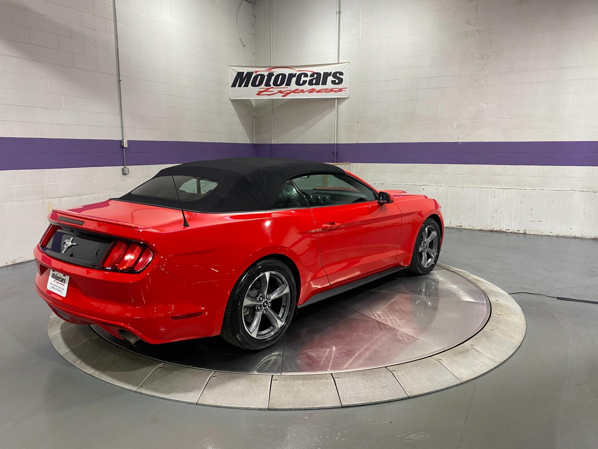 Used-2017-Ford-Mustang-Convertible-V6-RWD-Manual