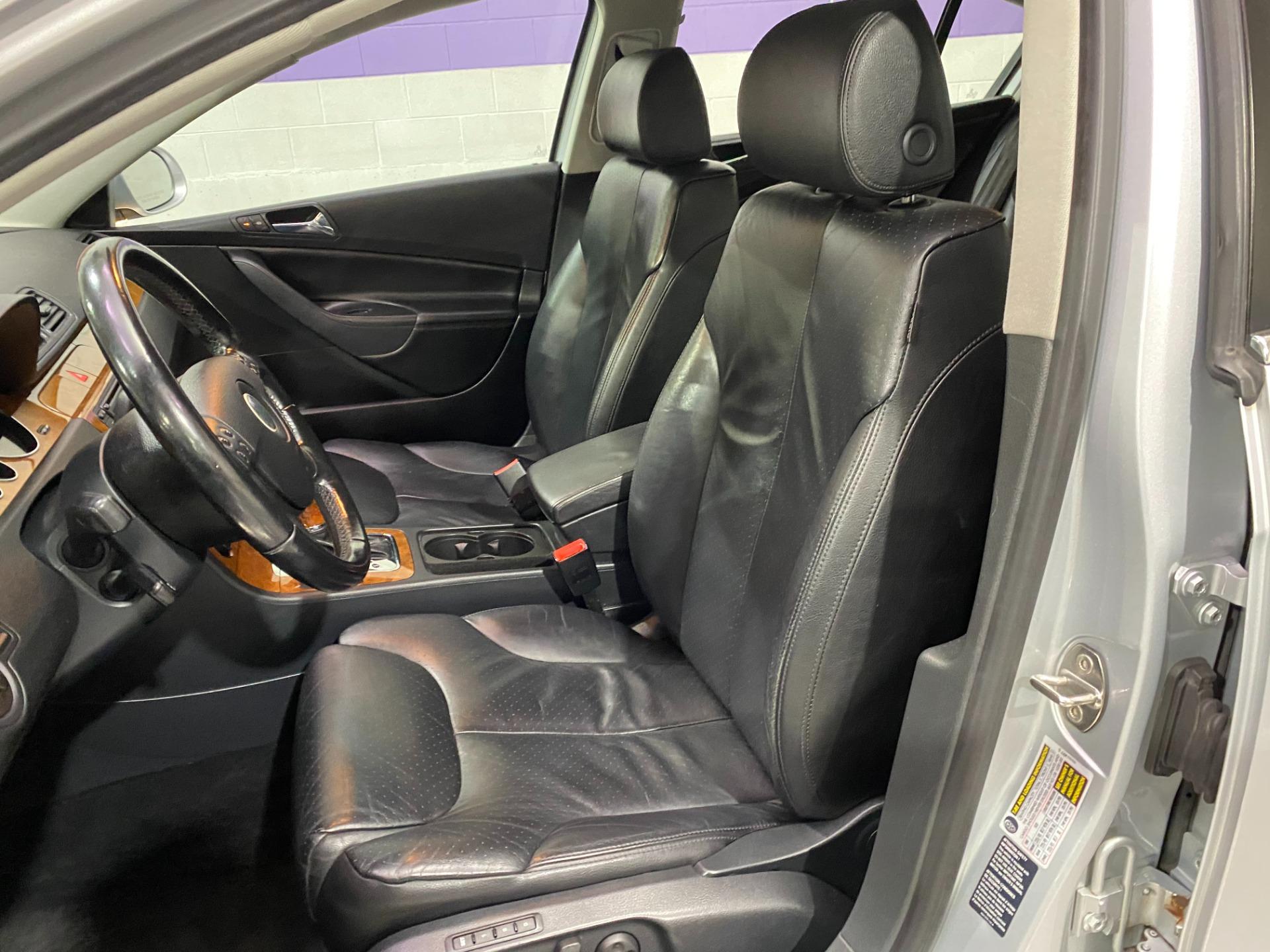 Used-2006-Volkswagen-Passat-36