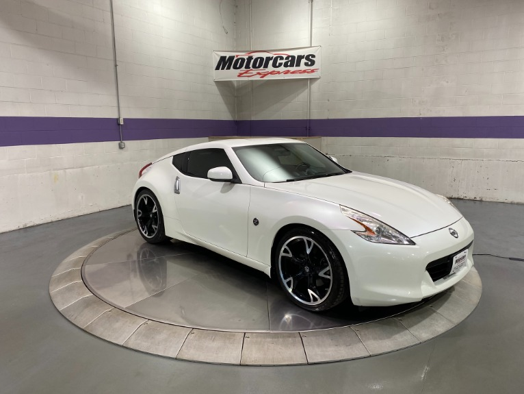 Used-2011-Nissan-370Z-Touring-RWD
